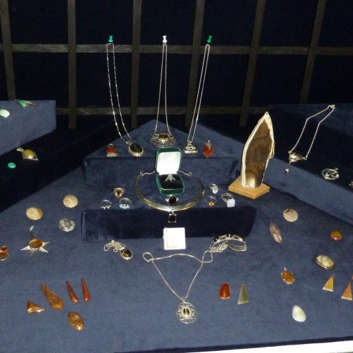 Jewellery display by member